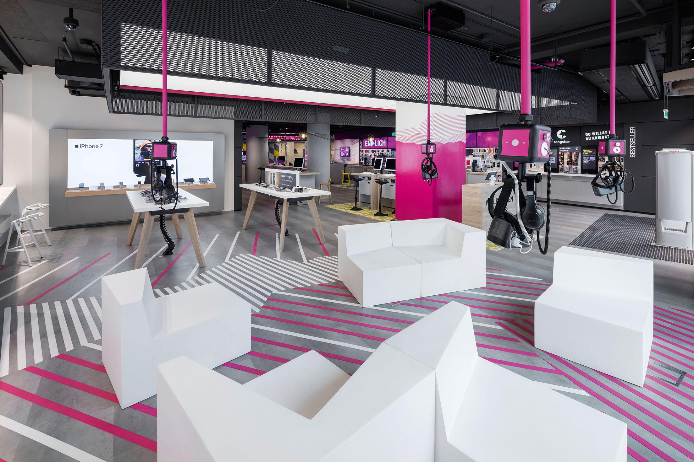 Telekom Flagship Store München Winner Brand Creation Point Of Sales